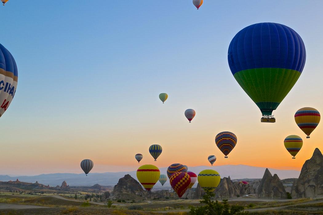 hot air balloons - team management